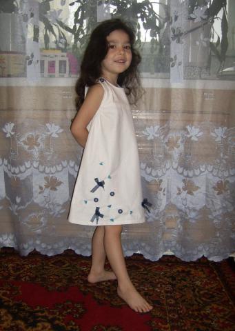 Маленьким модницам - льняной сарафан!